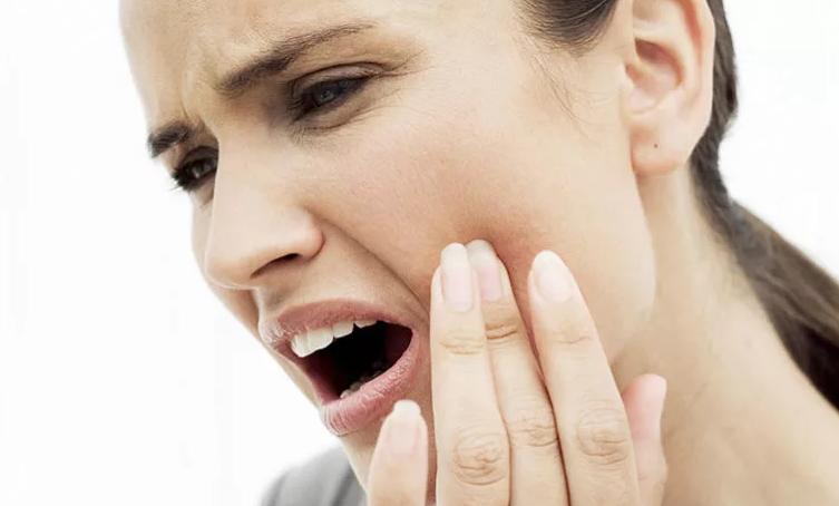 Как связаны зрение и больные зубы?